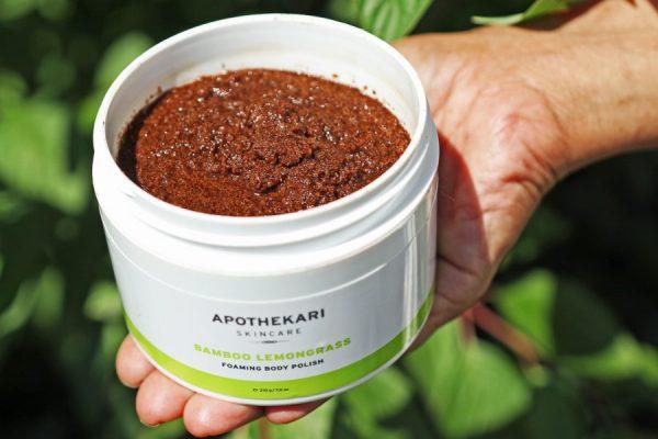 apothekari-skincare-bamboo-lemongrass-foaming-body-polish