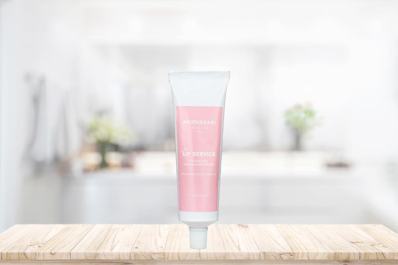 lip-servcie-vaginal-moisturizer-apothekari-skincare
